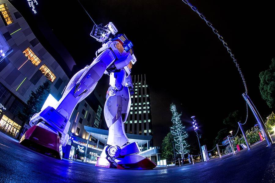 Mobile Suit Gundam Statue, Tokyo