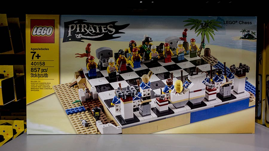Lego Pirates Chess kit
